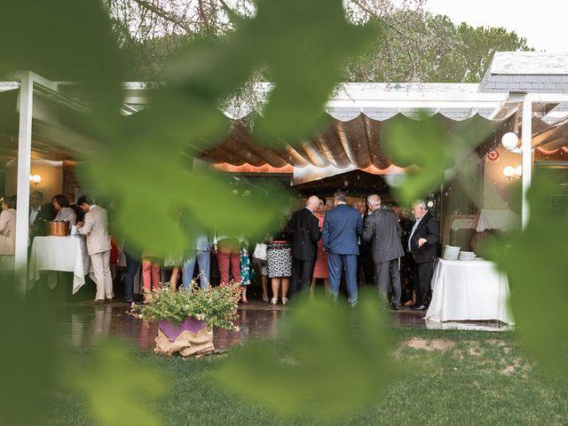 La boda de Rodrigo y Raquel en Madrid, Madrid 33