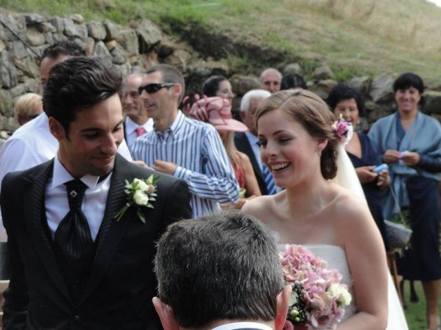 La boda de María y Héctor en Gijón, Asturias 8