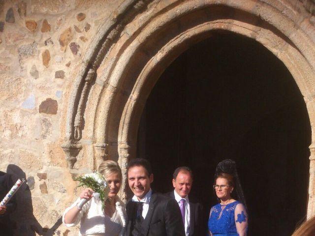 La boda de Juan Manuel y Vely en Valdetorres, Badajoz 4