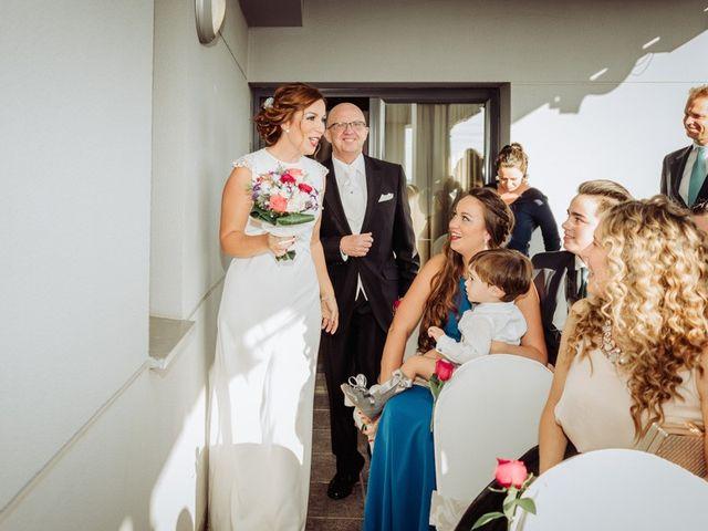 La boda de José Miguel y Sonia en Sevilla, Sevilla 6