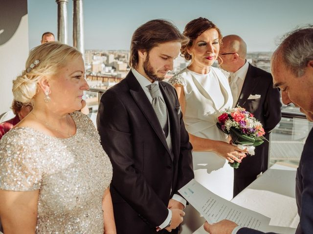 La boda de José Miguel y Sonia en Sevilla, Sevilla 8