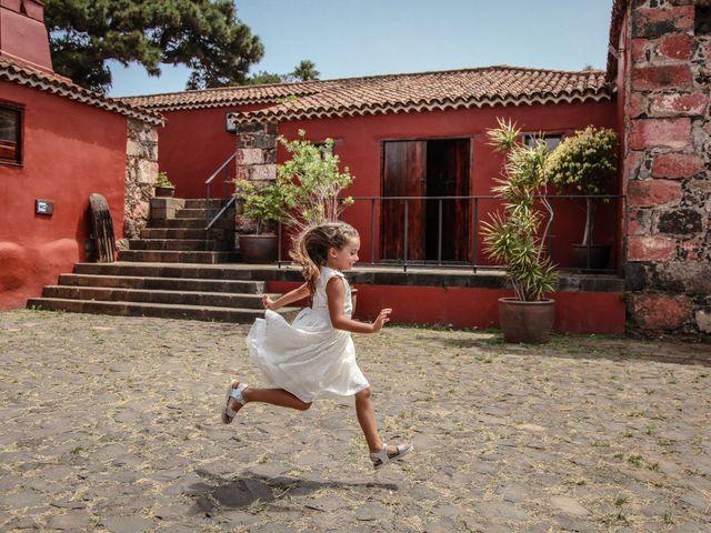 La boda de Daniel y Nayara en El Sauzal, Santa Cruz de Tenerife 2