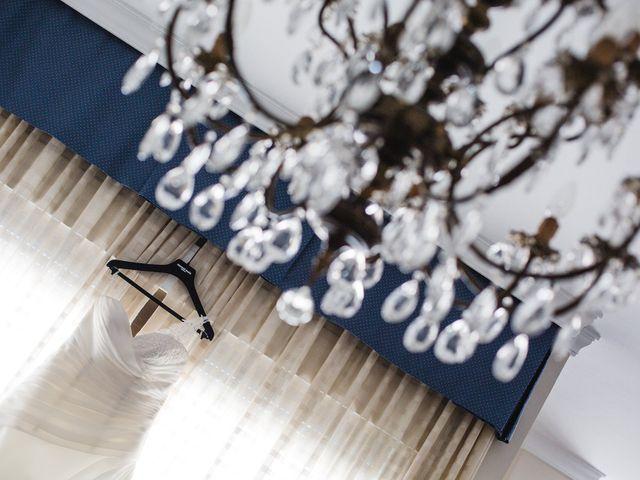 La boda de Adrián y Lourdes en Motril, Granada 10
