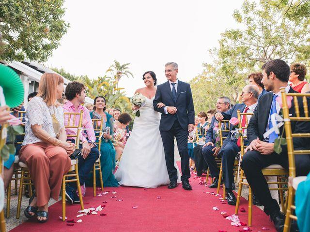 La boda de Adrián y Lourdes en Motril, Granada 28