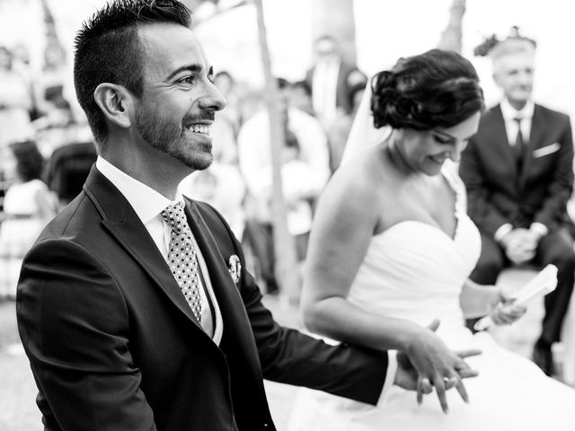 La boda de Adrián y Lourdes en Motril, Granada 35