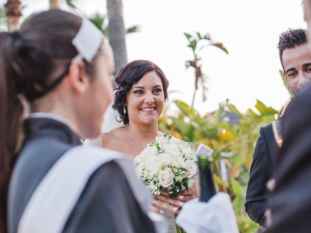 La boda de Adrián y Lourdes en Motril, Granada 52