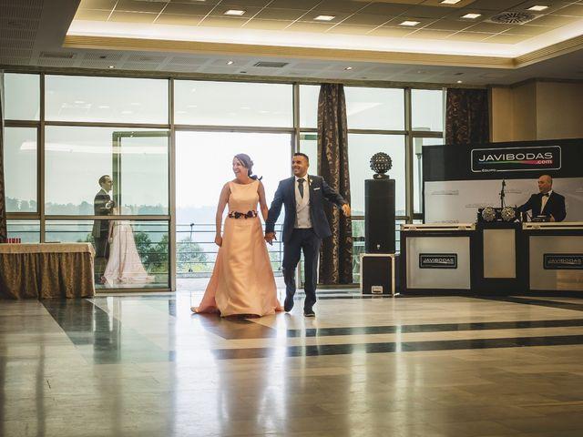 La boda de Alfredo y Vanesa en Soto Del Barco, Asturias 14