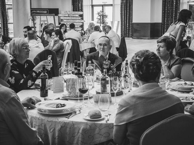 La boda de Alfredo y Vanesa en Soto Del Barco, Asturias 17