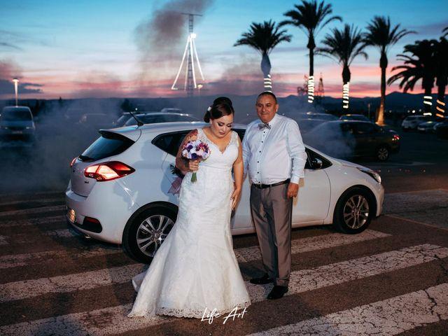 La boda de Alejandro y Arantxa en L' Alcúdia, Valencia 10
