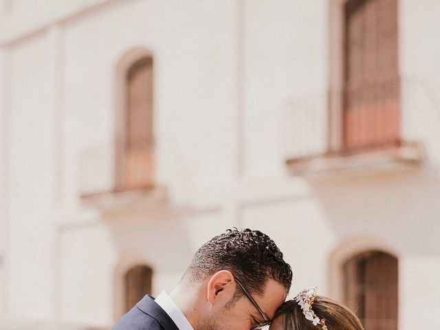 La boda de Omar y Hanan en Melilla, Melilla 6