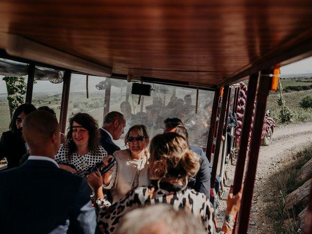 La boda de Cesar y Laia en Bilbao, Vizcaya 32
