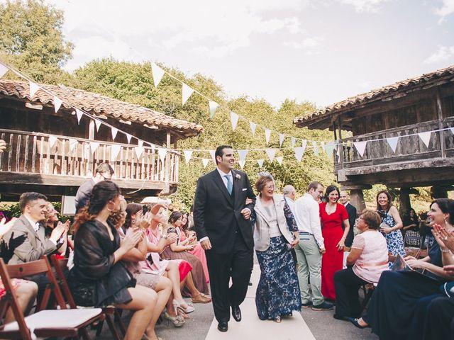 La boda de Rafa y Laura en Ribadesella, Asturias 22
