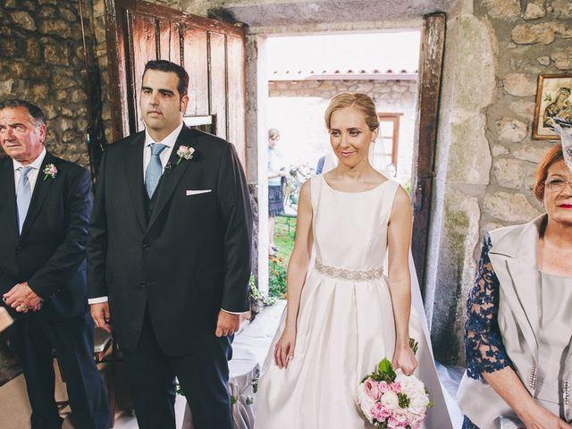 La boda de Rafa y Laura en Ribadesella, Asturias 26