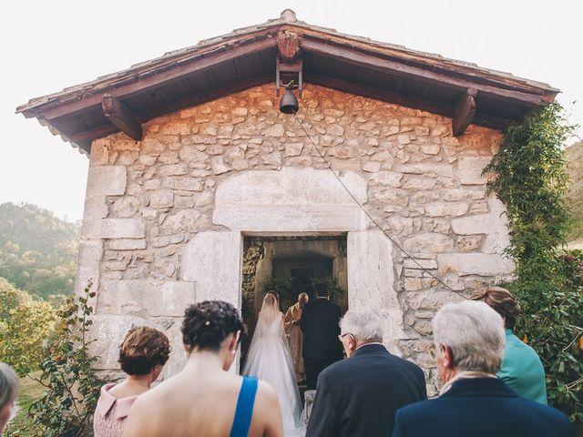 La boda de Rafa y Laura en Ribadesella, Asturias 28