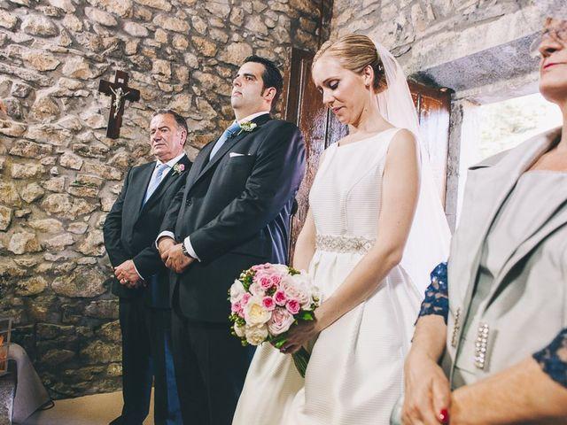 La boda de Rafa y Laura en Ribadesella, Asturias 36