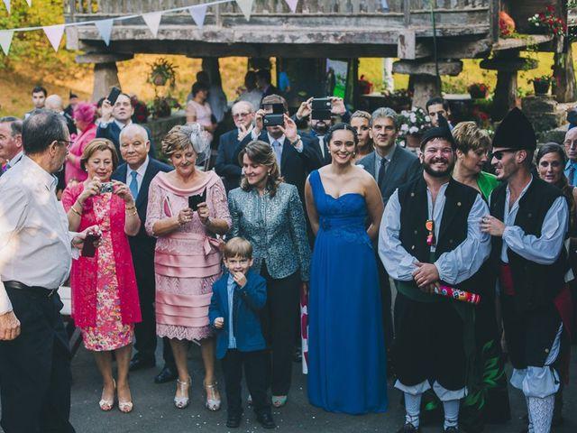La boda de Rafa y Laura en Ribadesella, Asturias 38