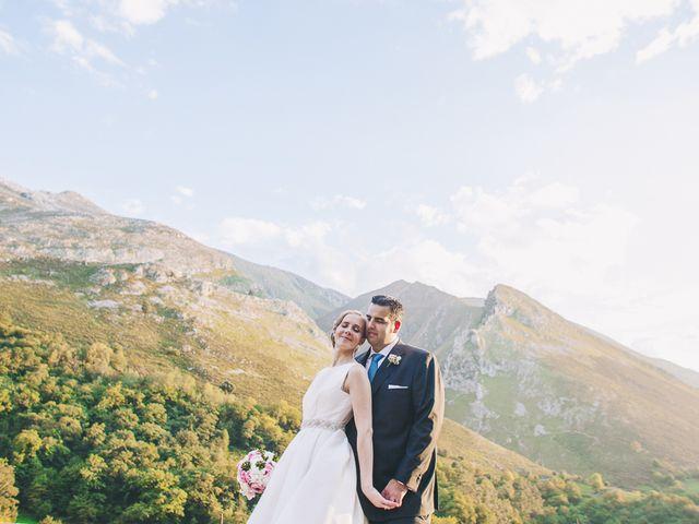 La boda de Rafa y Laura en Ribadesella, Asturias 45