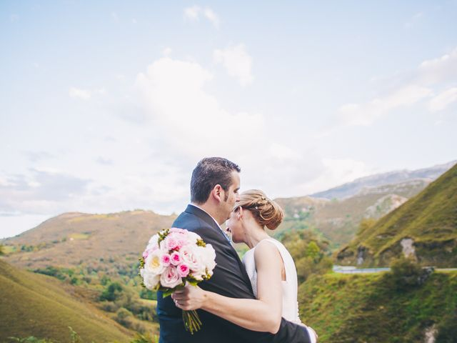 La boda de Rafa y Laura en Ribadesella, Asturias 49