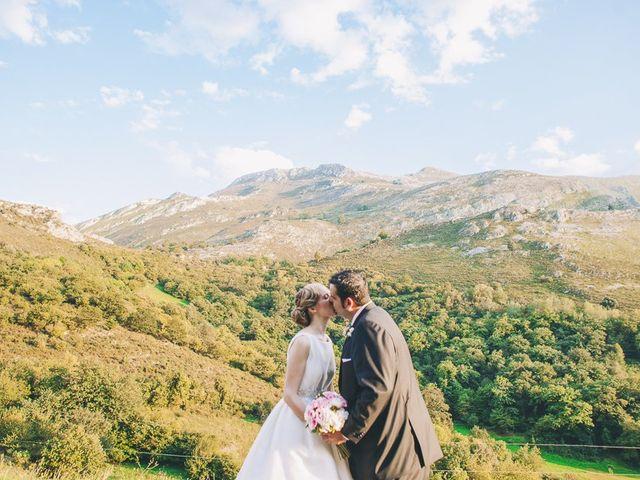 La boda de Rafa y Laura en Ribadesella, Asturias 50