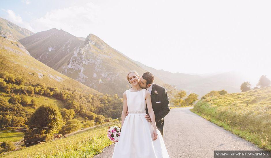 La boda de Rafa y Laura en Ribadesella, Asturias