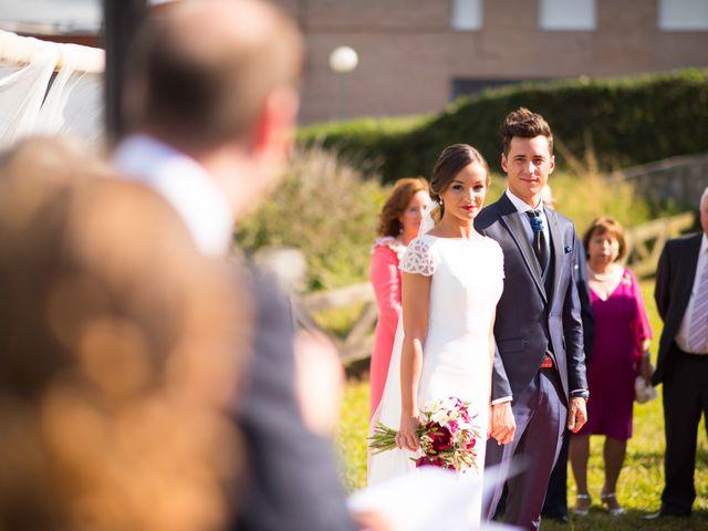 La boda de Noelia y David en Suances, Cantabria 14