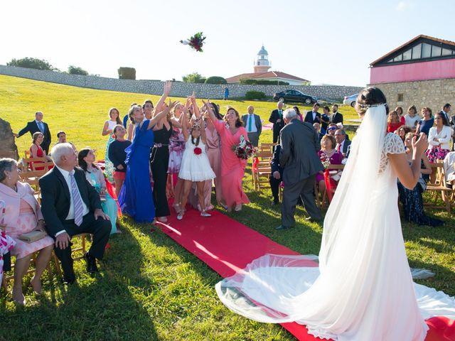 La boda de Noelia y David en Suances, Cantabria 17