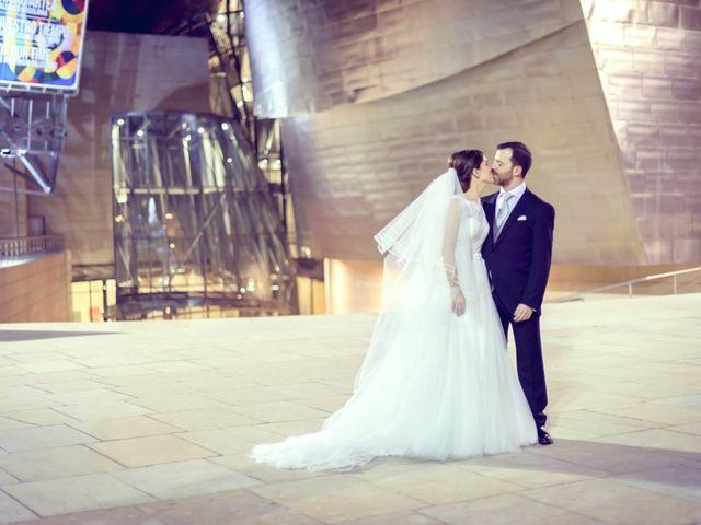 La boda de Javi y Laura en Bilbao, Vizcaya 17