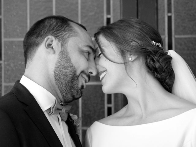 La boda de Roberto y Crístel en Pruvia (Llanera), Asturias 35