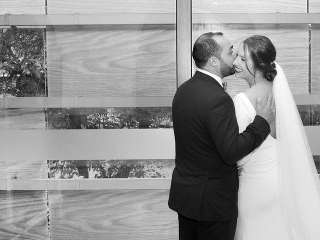 La boda de Roberto y Crístel en Pruvia (Llanera), Asturias 48