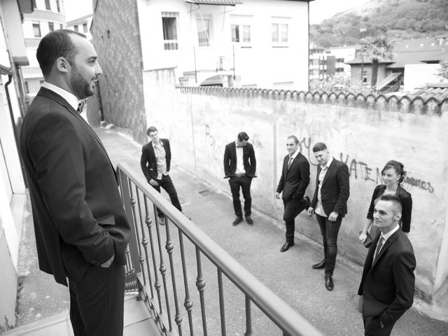 La boda de Roberto y Crístel en Pruvia (Llanera), Asturias 61