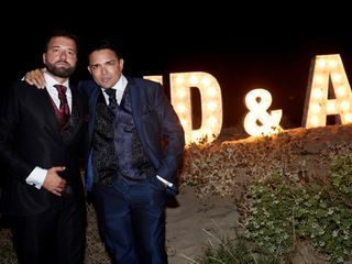 La boda de Juan Diego y Aro