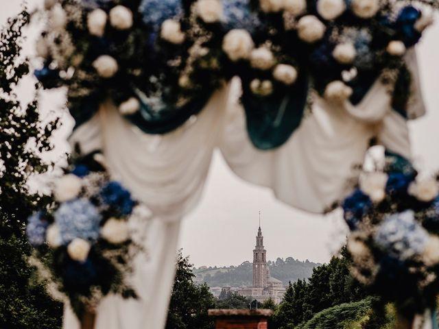 La boda de Héctor y Ana en Gijón, Asturias 139