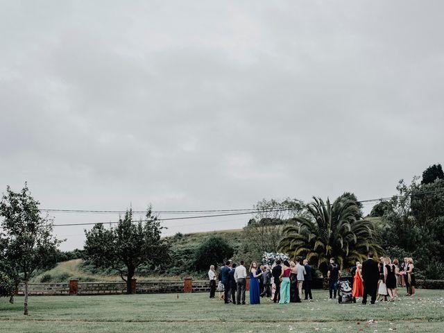 La boda de Héctor y Ana en Gijón, Asturias 189