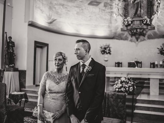 La boda de Daniel y Zoraida en Algeciras, Cádiz 16