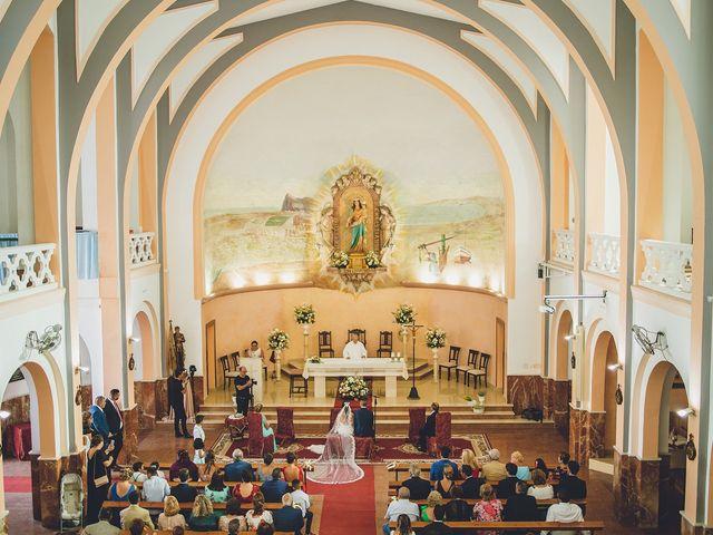 La boda de Daniel y Zoraida en Algeciras, Cádiz 17