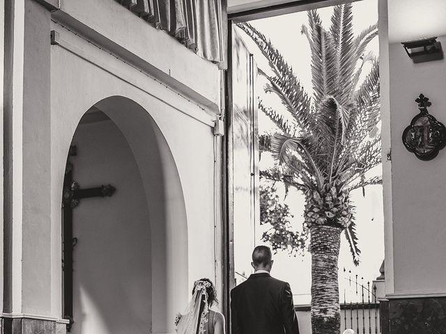 La boda de Daniel y Zoraida en Algeciras, Cádiz 21