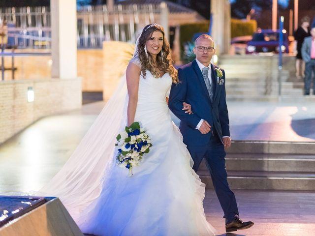 La boda de Raul y Eva en Alginet, Valencia 14