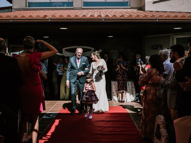 La boda de David y Mari Carmen en Medellin, Badajoz 13