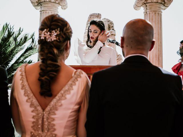 La boda de David y Mari Carmen en Medellin, Badajoz 16