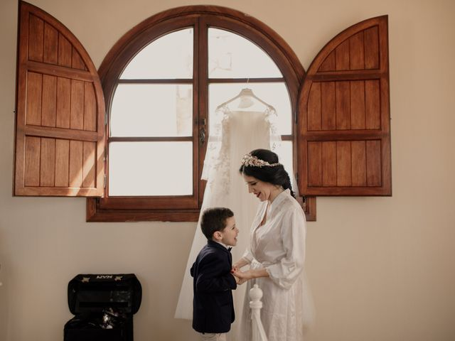 La boda de Víctor y Laura en Los Barrios, Cádiz 33