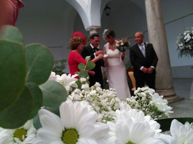 La boda de Manuel y  Marisa en Llerena, Badajoz 2