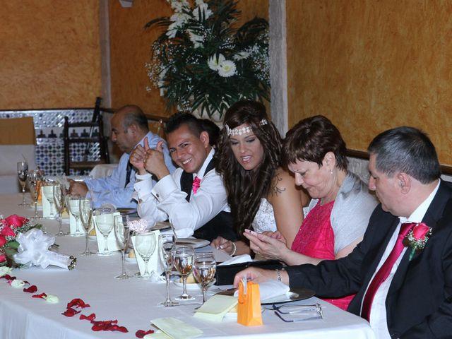 La boda de Peter y Laura en Barcelona, Barcelona 81
