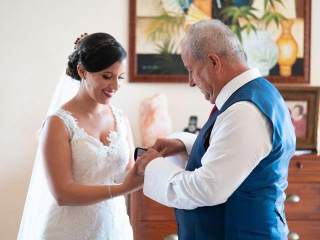La boda de David y Laura en Santa Eularia Des Riu, Islas Baleares 2