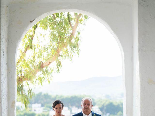 La boda de David y Laura en Santa Eularia Des Riu, Islas Baleares 27