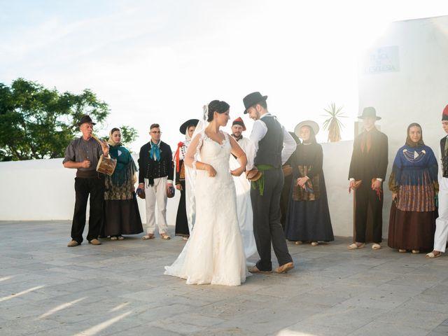 La boda de David y Laura en Santa Eularia Des Riu, Islas Baleares 17