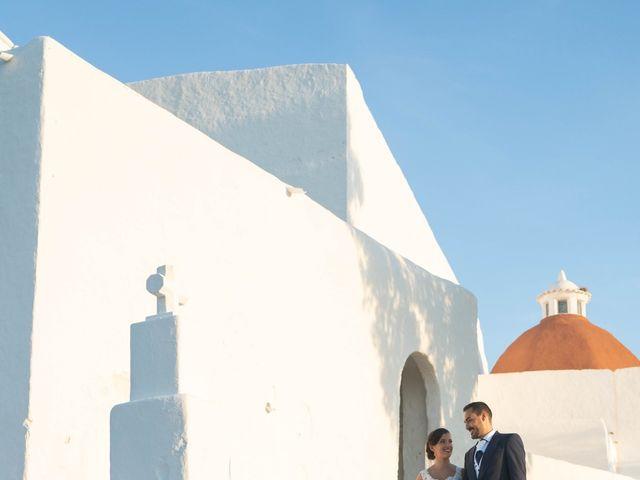 La boda de David y Laura en Santa Eularia Des Riu, Islas Baleares 46
