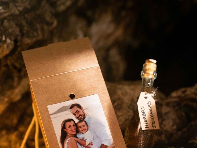 La boda de David y Laura en Santa Eularia Des Riu, Islas Baleares 59