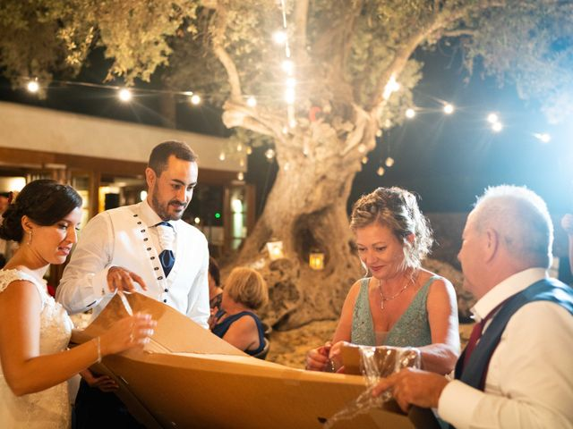 La boda de David y Laura en Santa Eularia Des Riu, Islas Baleares 57