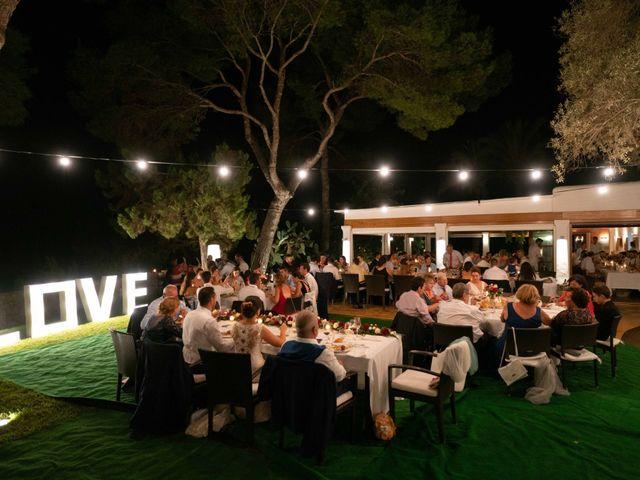 La boda de David y Laura en Santa Eularia Des Riu, Islas Baleares 54