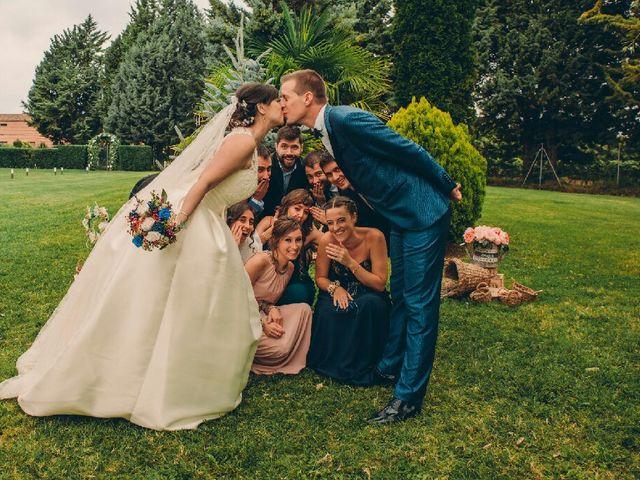 La boda de Adrián y Alexandra en Logroño, La Rioja 43